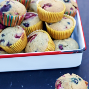 berry sugarless muffins