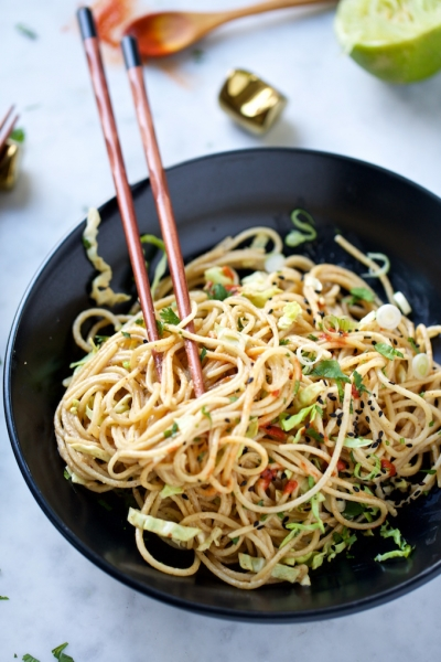 Quinoa noodles with almond butter sauce