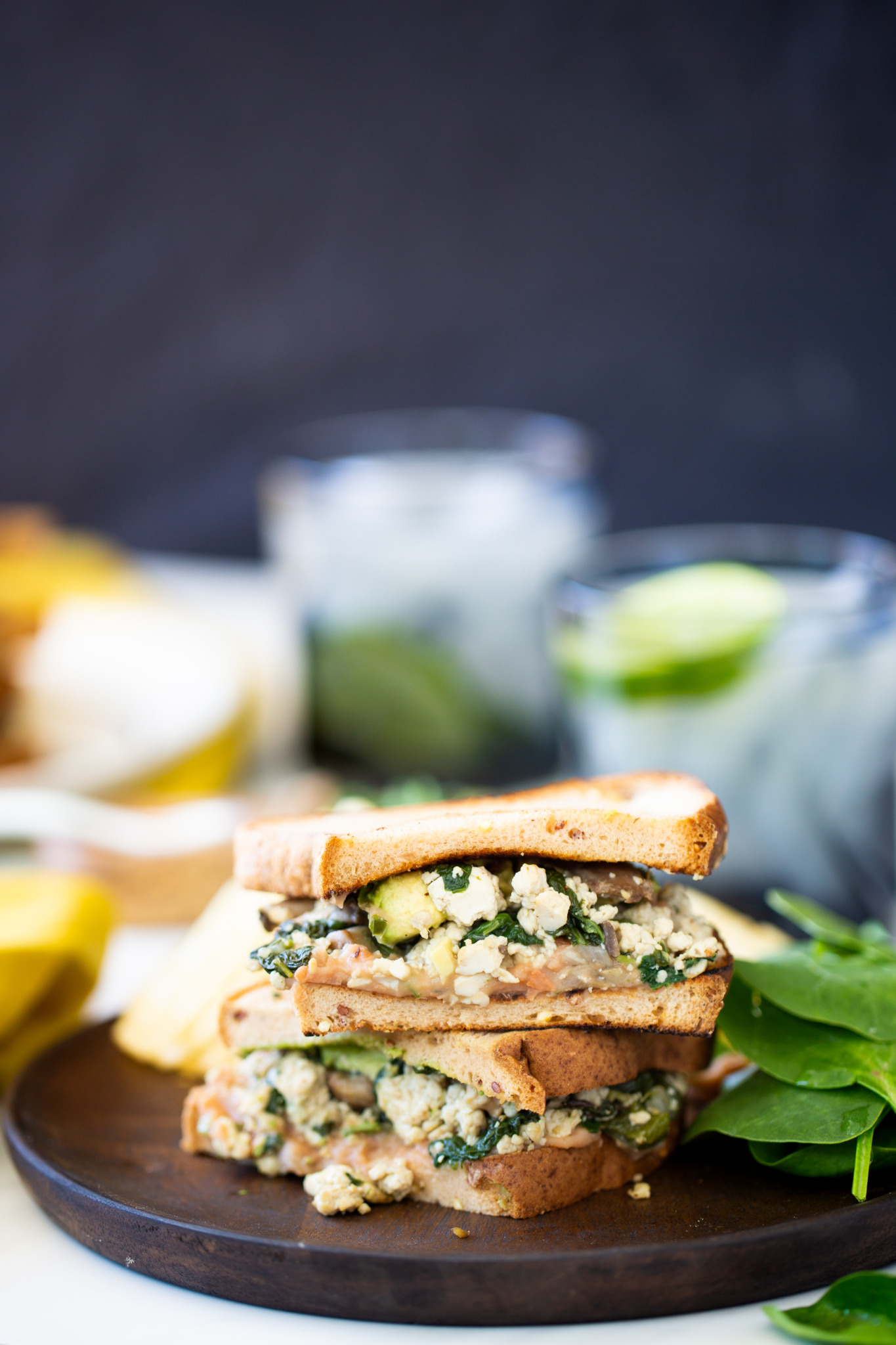 This poblano-mushroom protein-packed sandwich is a vegan, GLUTEN-FREE and perfect for breakfast or lunch. Made with @LittleNorthernBakehouse #ad