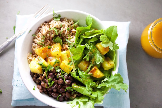 Brown rice, black beans and grilled pineapple bowl with chile ancho dressing