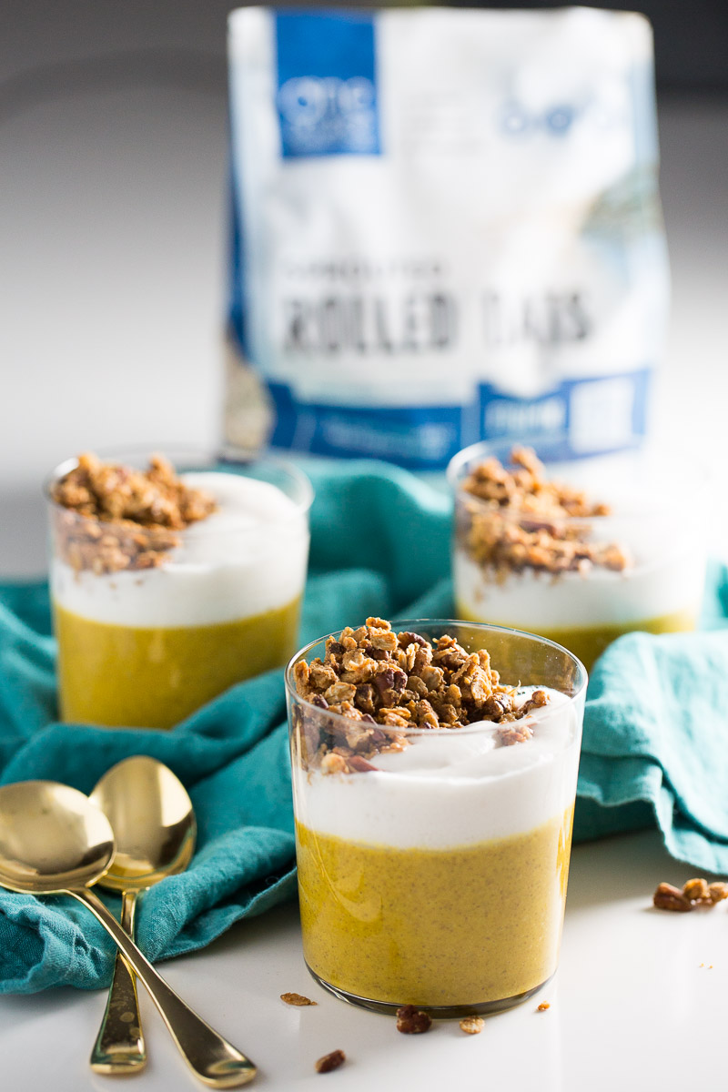 Delicious recipe for vegan pumpkin pie parfait with pecan granola clusters. You can decide if you'll eat it for breakfast or dessert.#veganholidays #vegan