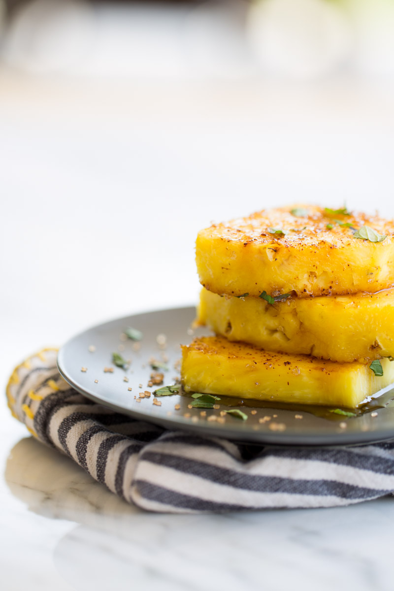 Grilled Pineapple With Chili Powder And Brown Sugar Piloncillo Vainilla