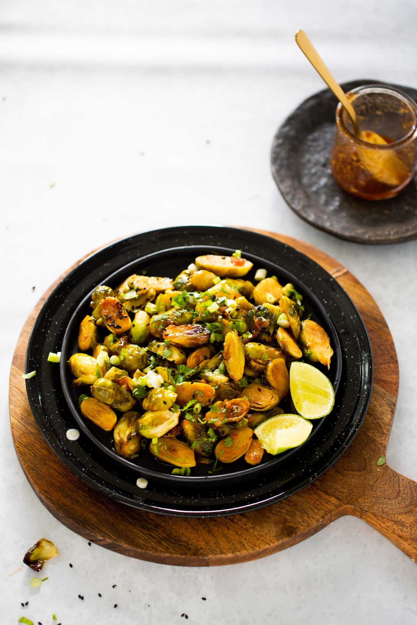 Roasted brussel sprouts with sweet and spicy sauce