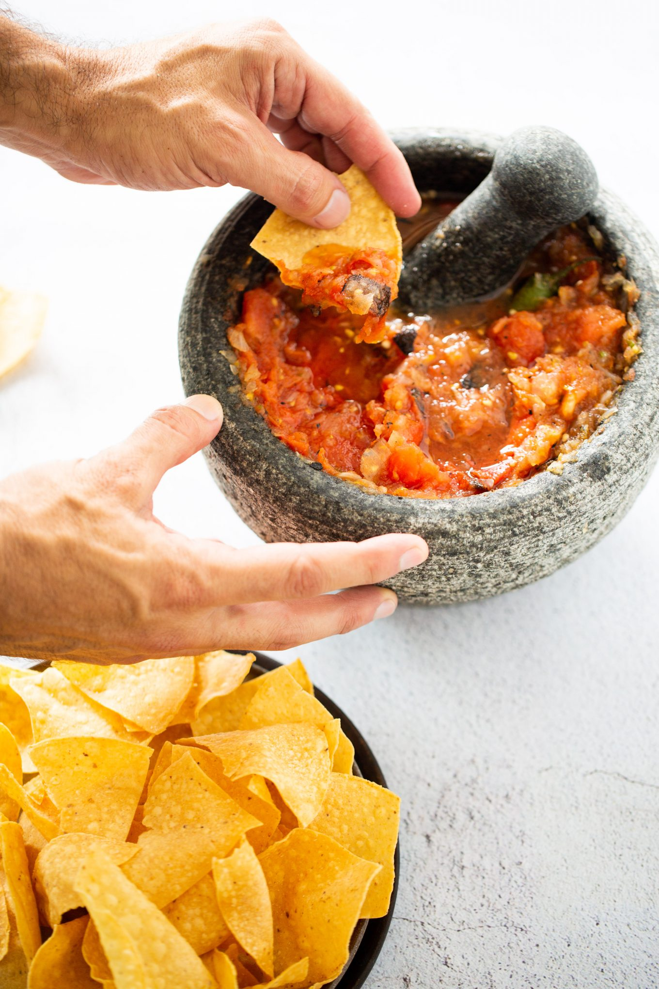 Red salsa molcajeteada with chips